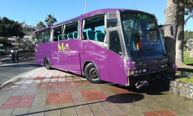 Bus Accident Near Maspalomas – Only Driver Injured