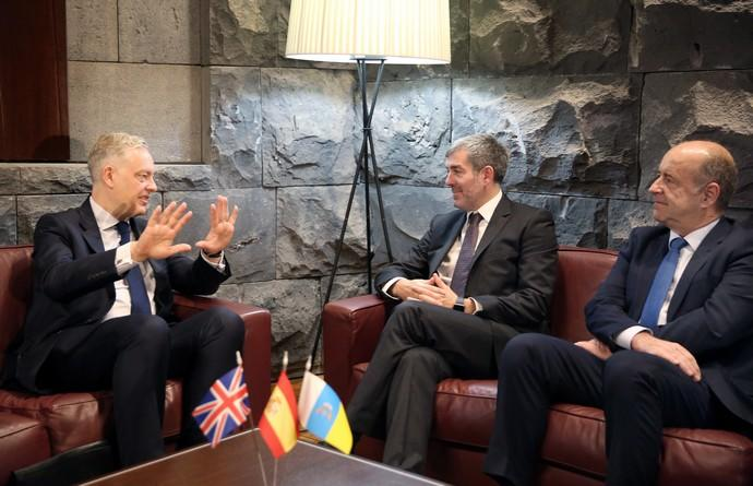 The British ambassador states his support for the exit deal, and future relations with the Canary Islands