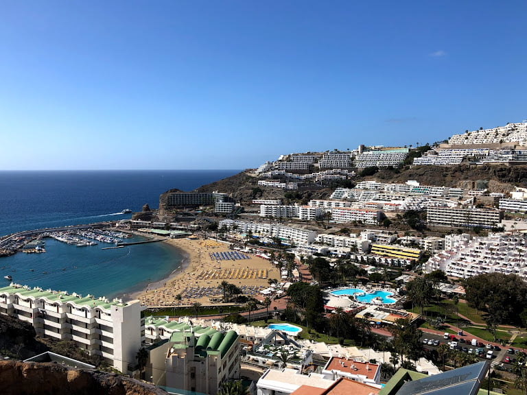Extra restrictions on Gran Canaria over easter, including travel, gatherings, entertainment and the beach