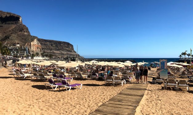 Brexit blamed for decline in British tourists to Gran Canaria, the islands and Spain as a whole.