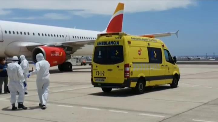 Man who flew to Lanzarote with COVID19 fined €1500