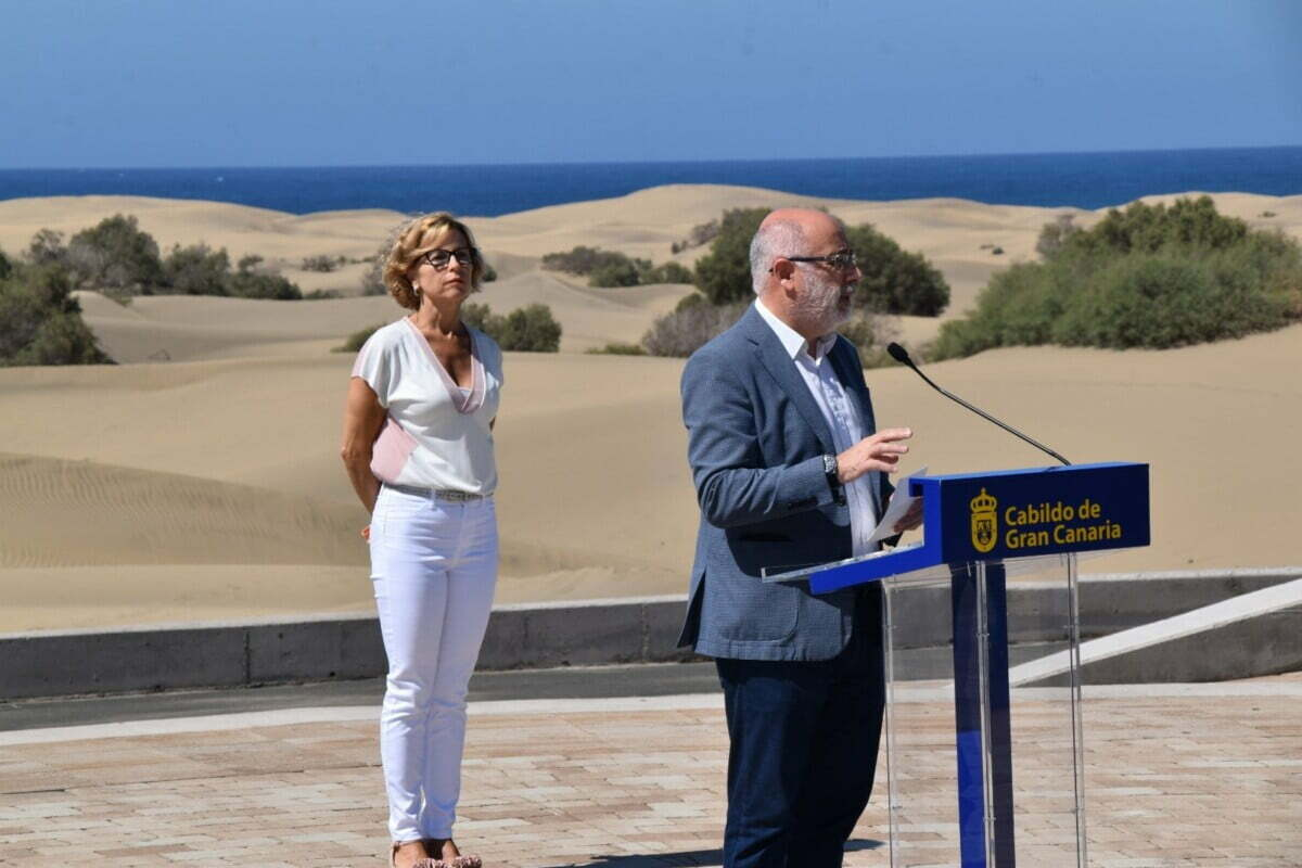 You can now be fined for straying from the paths through the Dunes of Maspalomas