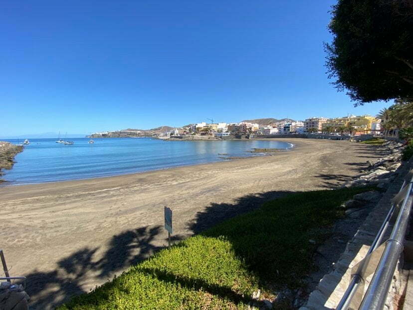 Mogán opens the beaches for sports and walks