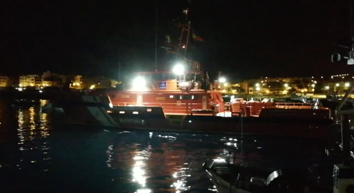 47 migrants rescued 10 miles south of Gran Canaria, all of sub-saharan origins