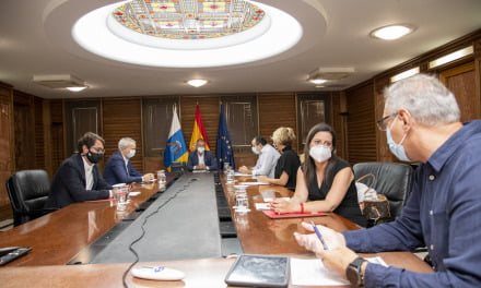 Masks mandatory everywhere: Canary Islands restricts nightlife despite lowest number of infections in Spain