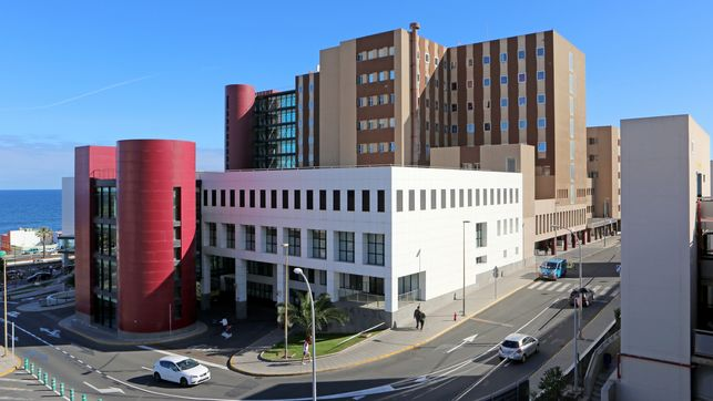 Canary Islands ICU beds are now at 45% of total capacity