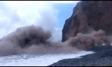 La Gomera landslide caught on camera, rescue workers are searching for anyone injured