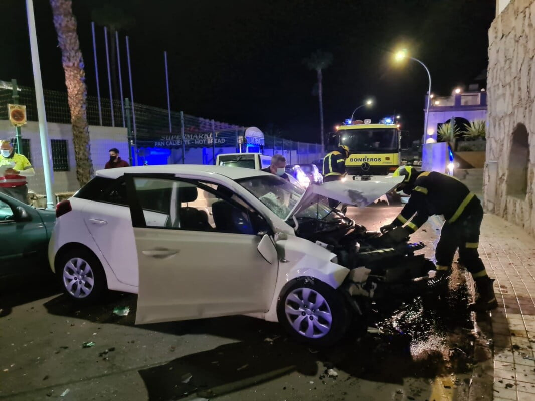 Two intoxicated tourists in multiple collisions along quiet residential street in Puerto Rico de Gran Canaria