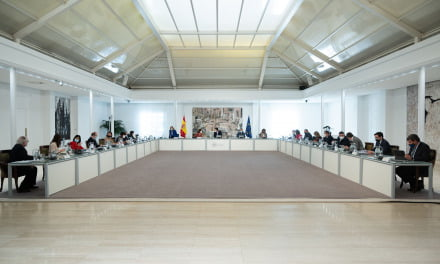 Spain announces €11 billion aid package to help self-employed freelancers and companies to overcome the economic crisis