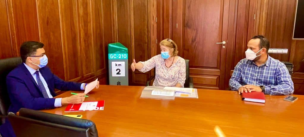 Vice President of Cabildo de Gran Canaria agrees to directly assist in funding The Food Project in Arguineguín