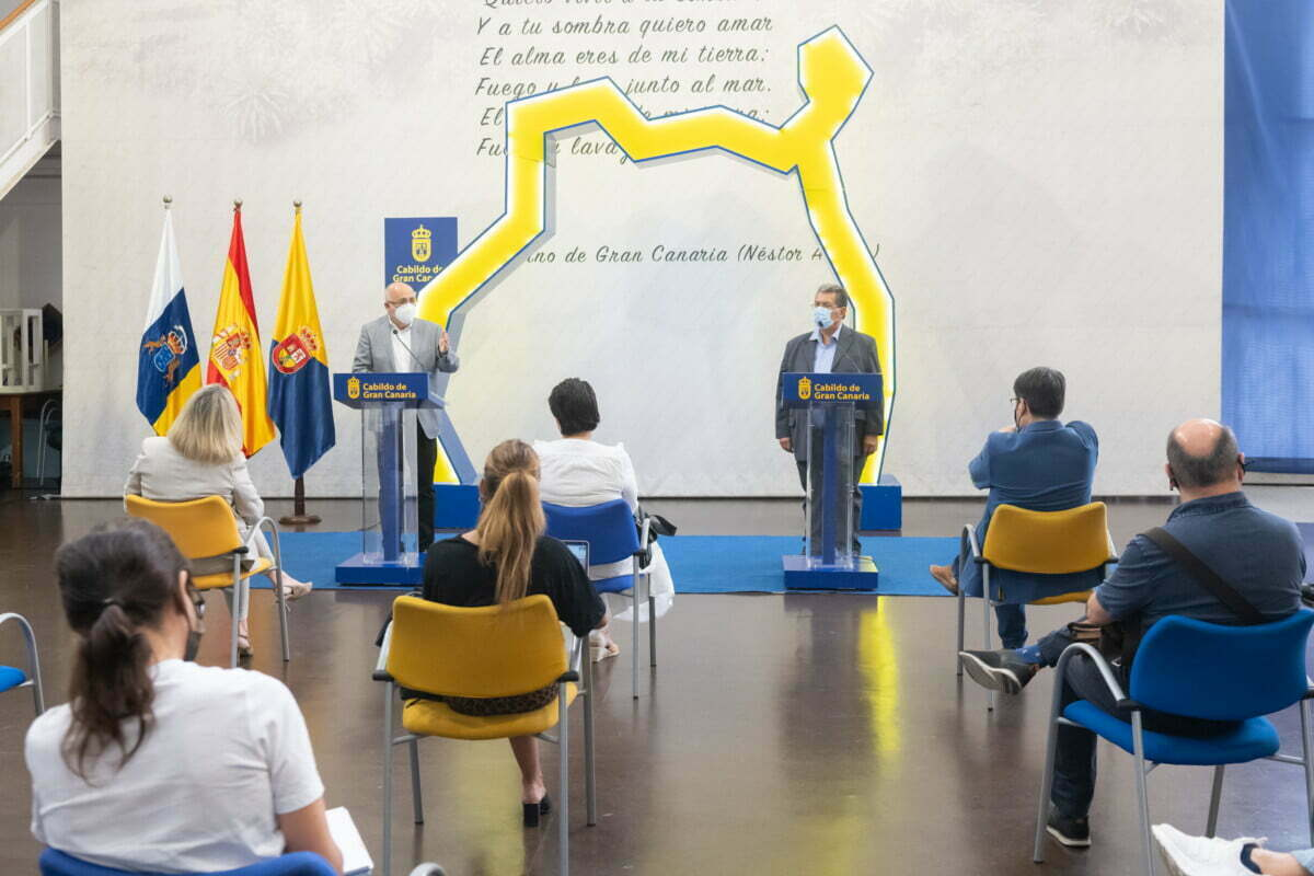 Over 3,200 companies and autónomos benefit from the Cabildo's 7 million euros aid for hotels, artisan and sports centers