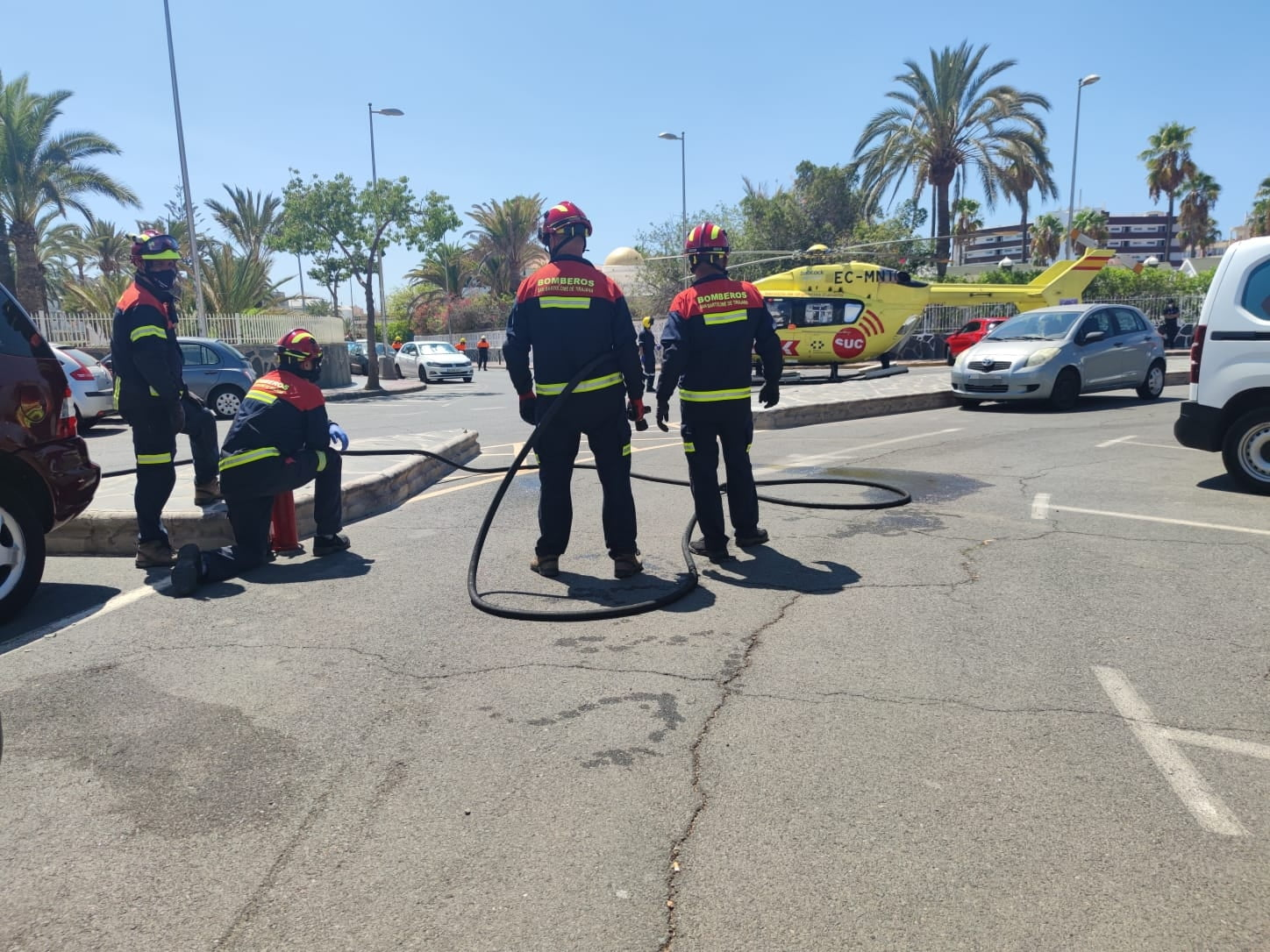 Near tragedy in Playa del Inglés pool as 7-year-old has to be evacuated by helicopter