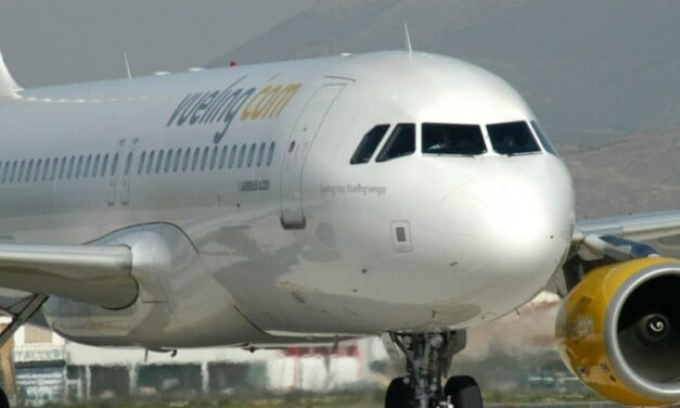 Two aggressive passengers cut short a flight from Barcelona to Banjul, forcing unscheduled landing on Gran Canaria