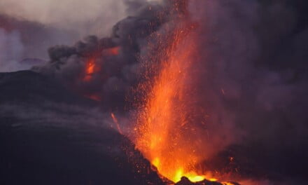 La Palma eruption: More than a thousand buildings destroyed by magma and ash